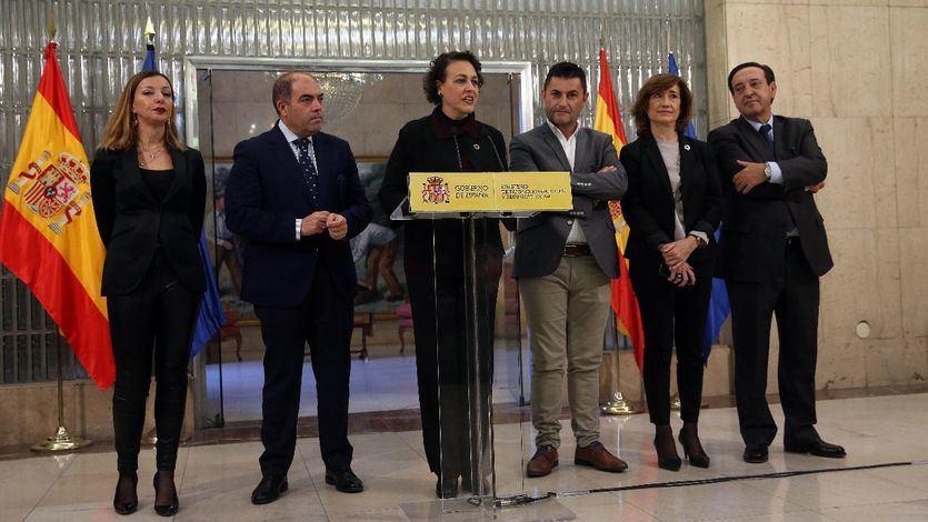 Magdalena Valerio con representantes de ATA, UPTA, UATAE y CEAT
