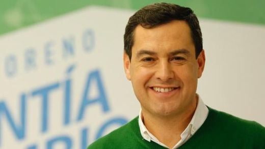 El principal aspirante a nuevo presidente andaluz adolece de 'currículum menguante'