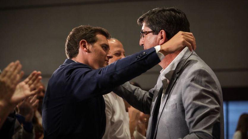 Rivera rechaza entrar en gobiernos con Vox y Abascal veta a los 'veletas'