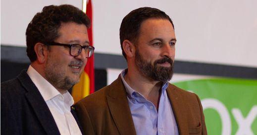 VOX dinamita el pacto entre PP y Cs en Andalucía y blinda sus líneas rojas