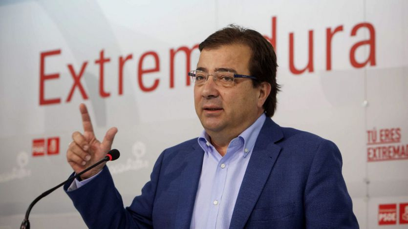 El Gobierno socialista de Extremadura explota tras la nueva avería de un tren de la región