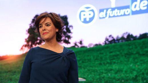 Sáenz de Santamaría da un último 'portazo simbólico' al PP de Casado