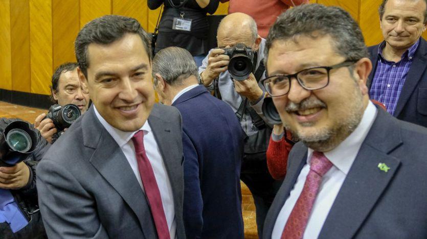 Moreno, rehén de la ultraderecha: Vox avisa de que no renunciará a ninguno de sus planteamientos