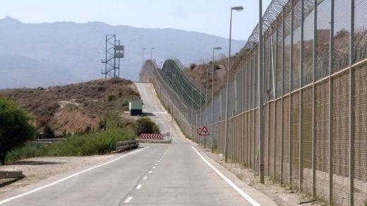Interior eliminará las polémicas concertinas de las vallas de Ceuta y Melilla
