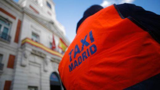 Huelga de taxis de Madrid y Barcelona: colapsadas las principales ciudades del país