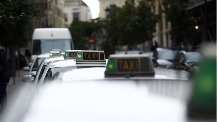 El VTC que atropelló a un taxista en Madrid era de Valladolid y venía a operar en la capital sin licencia a aprovechar la huelga