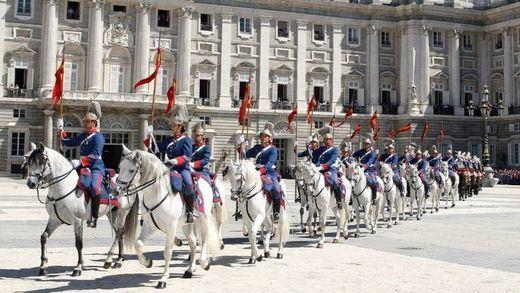 ¿Sabía que la Guardia Real española es la más antigua del mundo?