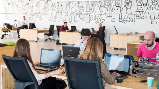 Las empresas pueden inspeccionar los correos de sus trabajadores si son corporativos