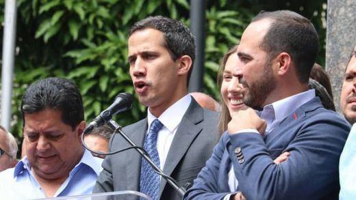 Guaidó desafía a Maduro: