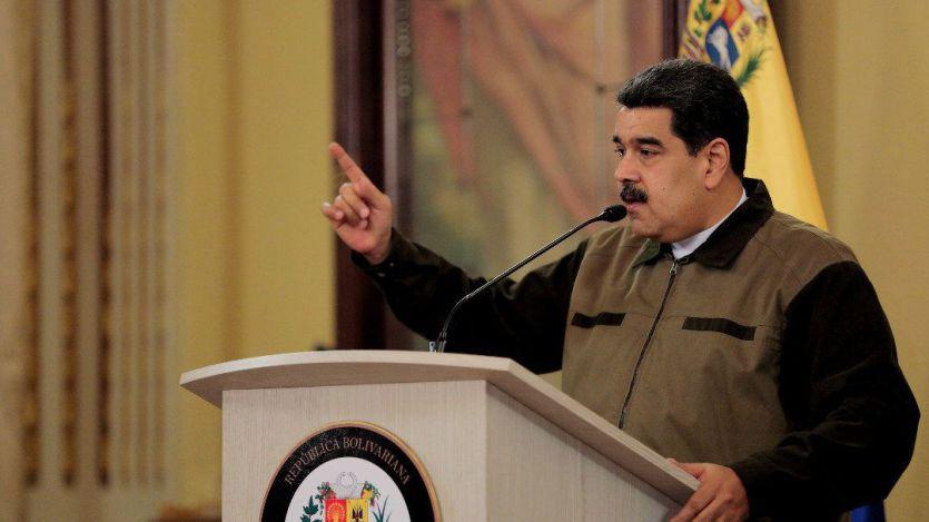 Maduro se prepara para un posible conflicto armado en Venezuela mientras Guaidó exige su renuncia
