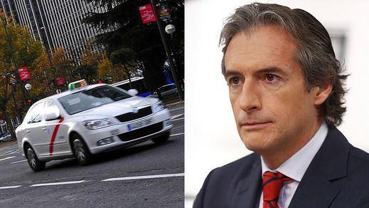 La postura sin sentido de PP y Cs: el Gobierno Rajoy fue el que blindó a los taxis frente a los servicios de Uber y Cabify