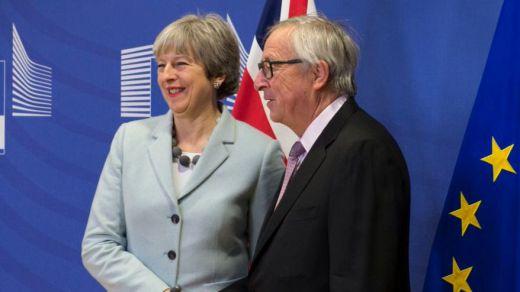 La Unión Europea da una oportunidad a May para que aclare las nuevas propuestas para el Brexit