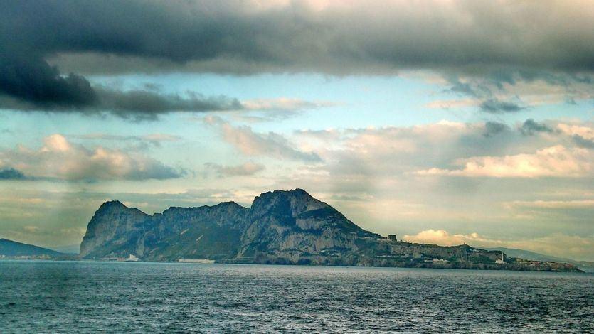 La fría venganza de España, servida en bandeja de plata: la UE considera a Gibraltar una colonia británica