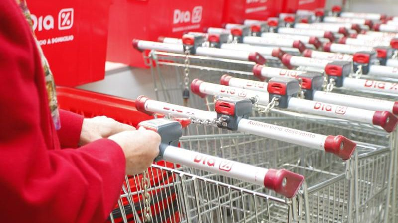 Opa a DIA: el futuro incierto de los supermercados
