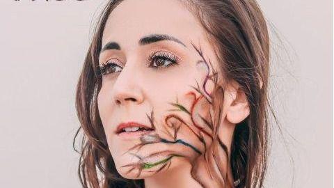 La personalísima Wendy Nazaré y su inconfundible voz nos regalan 'Tree', su tercer disco (vídeo)