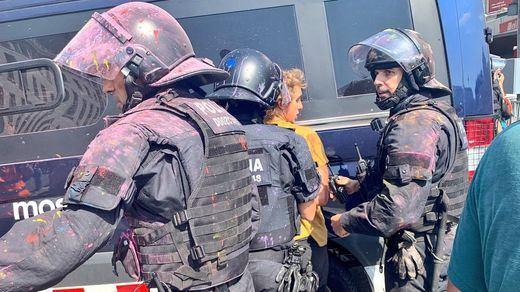 Entre 300 y 500 Mossos d'Esquadra planean abandonar el cuerpo por la