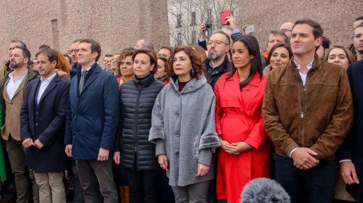 Las encuestas dan la victoria a Sánchez, pero las derechas de Colón consiguen ser mayoría