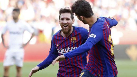 Messi solito gana al Sevilla y saca al Barça de un apuro (2-4)