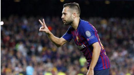 Fin del 'culebrón Jordi Alba': el lateral renueva con el Barça hasta 2024