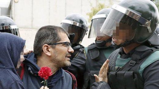 Los jefes de la Policía y la Guardia Civil critican la inacción de los Mossos ante el 1-O