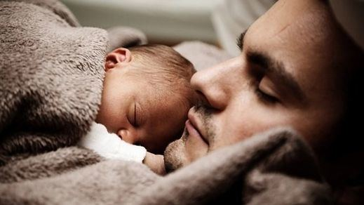 La permanencia de la ampliación del permiso de paternidad podría depender de una Diputación Permanente 'poselectoral'