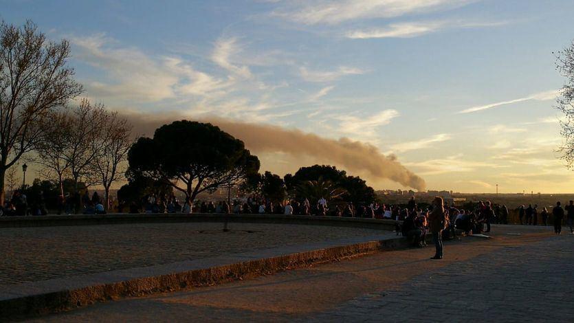 El incendio de Alcorcón visto desde el Templo de Debod