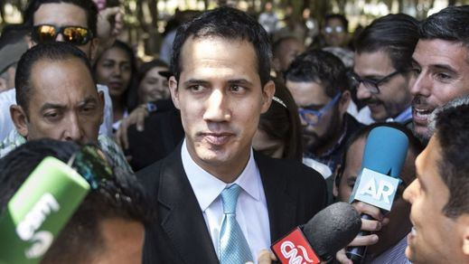 Guaidó valora la opción de una intervención extranjera en Venezuela llamándola