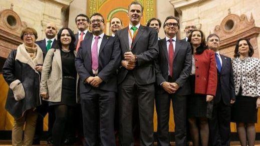Vox desmiente a 'El País': no cobrará 3 millones de euros de las arcas andaluzas