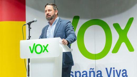 Los 'tentáculos' de la Fundación Francisco Franco dinamitan Vox: cesado su presidente en León