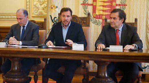 El Ayuntamiento y El Corte Inglés colaboran en la instalación de la primera fachada verde vegetal de Valladolid