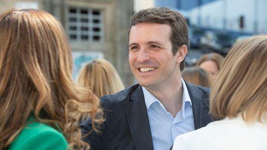Casado acusa a Sánchez de no cerrar las embajadas catalanas para conseguir los votos de Torra