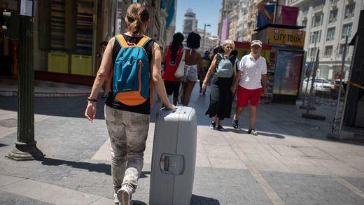 Madrid pone fin también a la barra libre de pisos turísticos: adiós al 95% del total