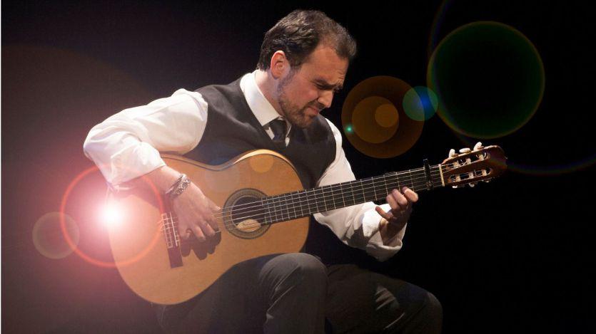 Un grande de la guitarra homenajea a otros genios: nuevo disco de Santiago Lara (vídeos con entrevista y tema en directo)