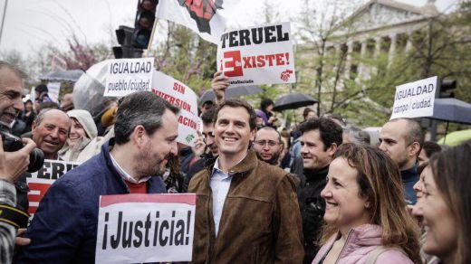 Todos los partidos participan en la marcha de la España rural para obtener su disputado y olvidado voto