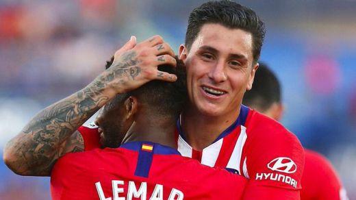 Florentino Pérez insiste en el atlético Giménez para la defensa