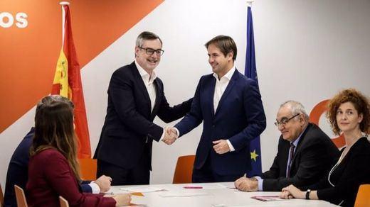 Ciudadanos absorbe a UPyD en sus listas a las elecciones europeas y algunas municipales