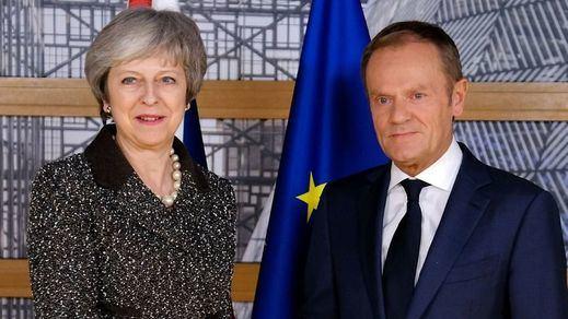 Brexit: según la 'BBC', la Unión Europea ofrecerá un año extra al Reino Unido para apuntalar su salida