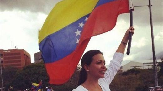 Venezuela está al borde del colapso: ¿por qué los EE.UU. están tan interesados?