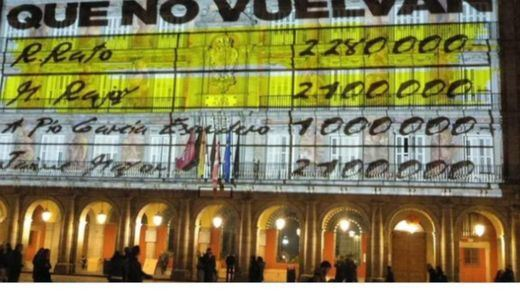El PP carga contra Carmena por la proyección de 'los papeles de Bárcenas' en la Plaza Mayor