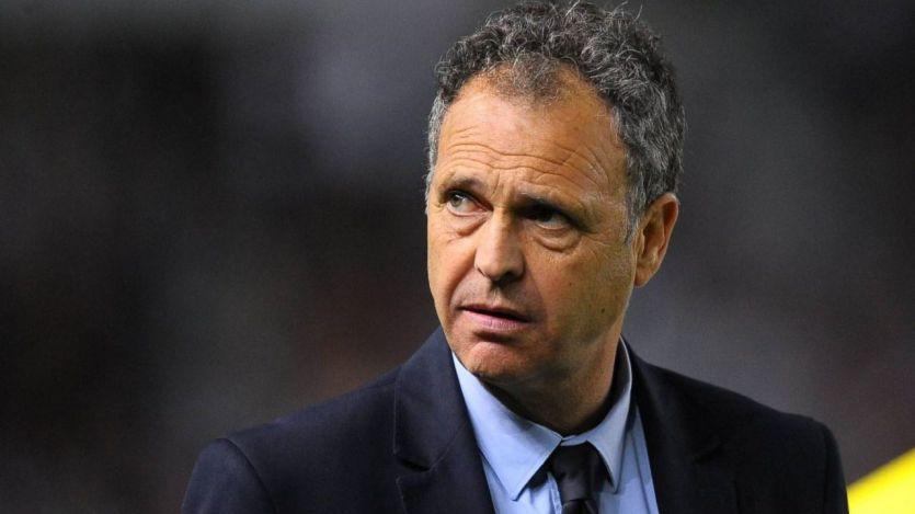 Caparrós revela que padece leucemia crónica, pero seguirá entrenando al Sevilla