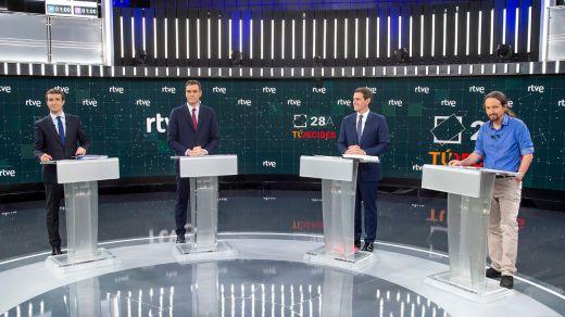 'Debate a 4' de TVE: Rivera y Casado fallaron en su intento de combatir juntos a Sánchez