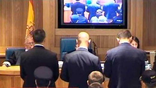 El Supremo no revisará la pena de los condenados por el atentado de la T-4 pese a asumir que sufrieron malos tratos