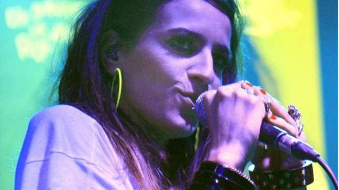 Bebe se quita la careta: de cantar 'Malo' a renegar del feminismo