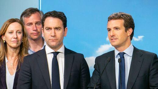 El PP de Casado, lejos de la autocrítica, insiste en culpar a Vox y Cs de su debacle electoral