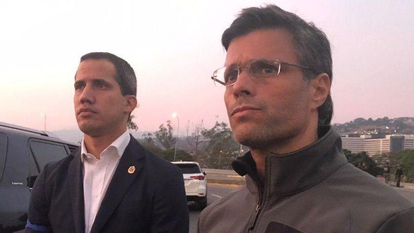 Soldados rebeldes liberan al preso Leopoldo López y Guaidó llama a un golpe militar y popular