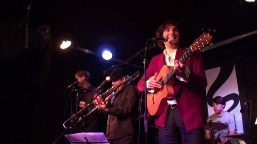 Pedro Makay regala en su último disco todos los 'Colores' de la más variada música (vídeo)