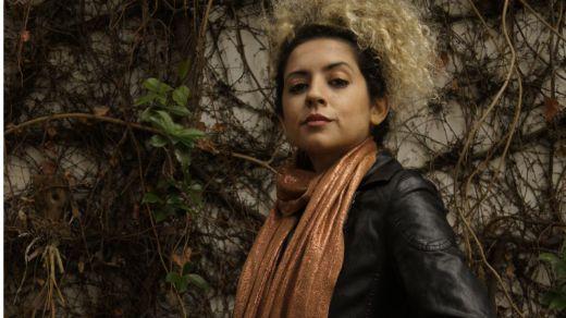 Nos visita la polifacética artista Mica, 'muchas mujeres en una' (vídeo)