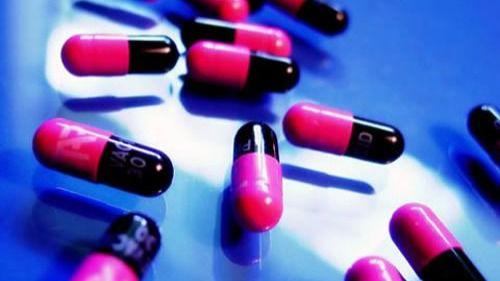 Sanidad retira un popular antibiótico por un error en la dosificación