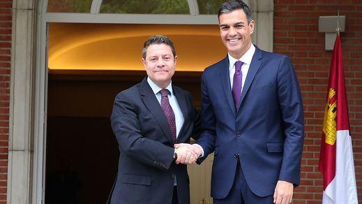 El PSOE se conjura para no pecar de euforia: podría lograr al menos 9 de las 12 comunidades en juego el 26-M