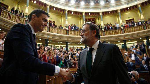 Las cartas de despedida de Sánchez y Rajoy a Rubalcaba